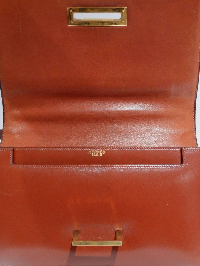 Hermes Leather Handbag Clutch, 1970s  For Sale 4