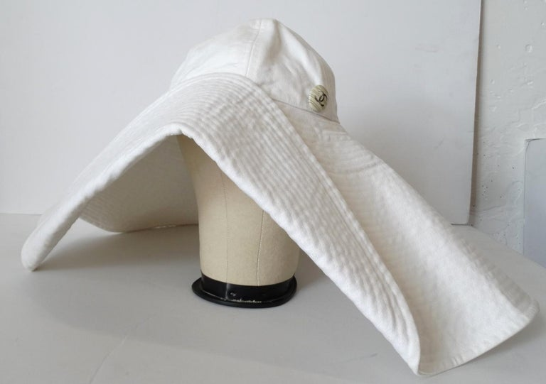 Women's 1990s Chanel White Oversized Sun Hat  For Sale