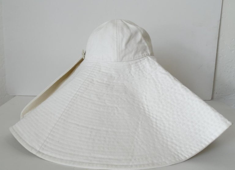1990s Chanel White Oversized Sun Hat  For Sale 7