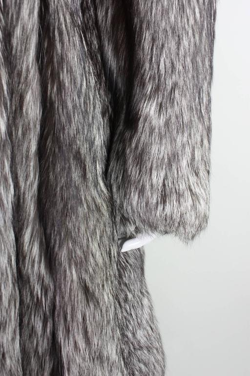 Vintage Silver Fox Fur Coat For Sale 4