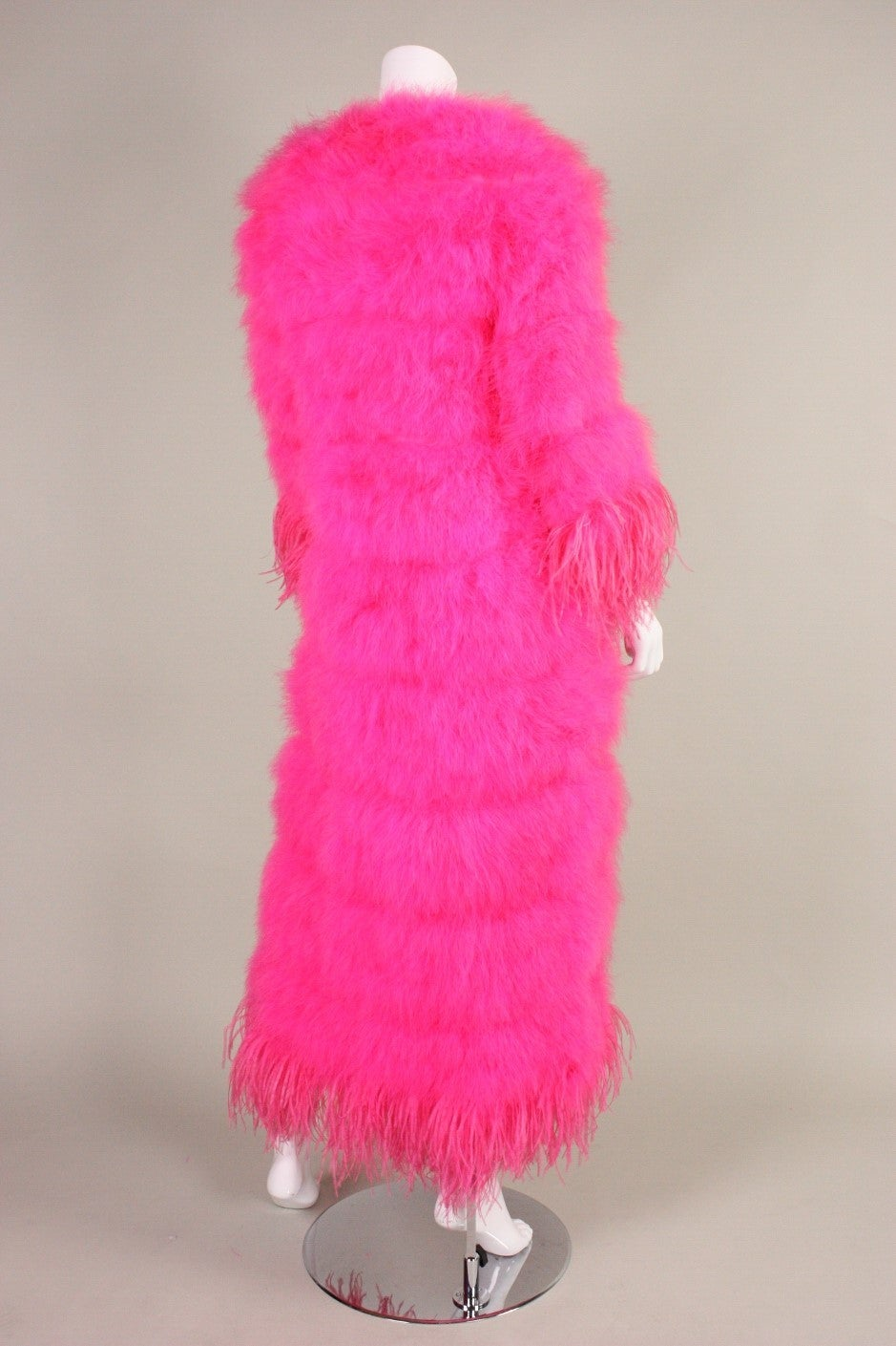 Full-Length Hot Pink Marabou Coat with Ostrich Feather Trim In Excellent Condition For Sale In Los Angeles, CA