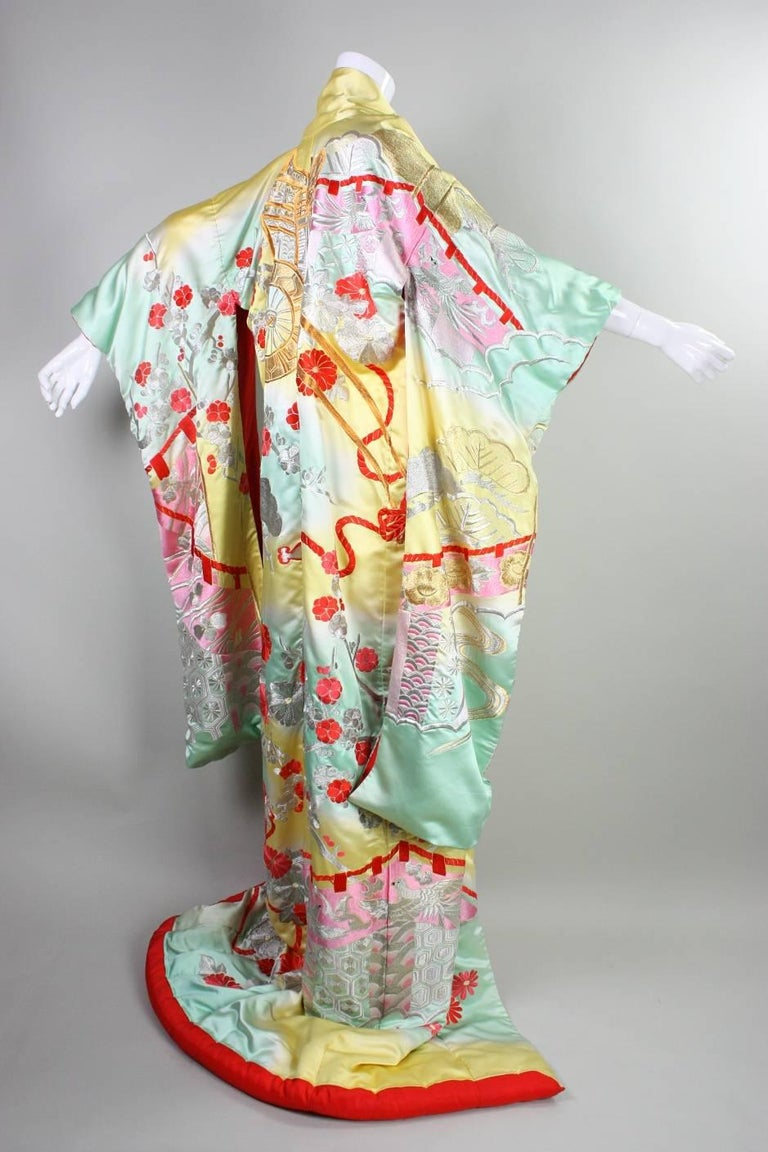 Vintage Japanese Embroidered Wedding Kimono With Allover Embroidery For Sale At 1stdibs