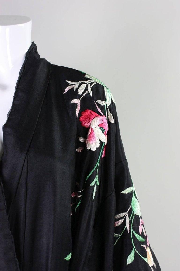 1920's Kimono Robe Black Silk with Embroidery 9