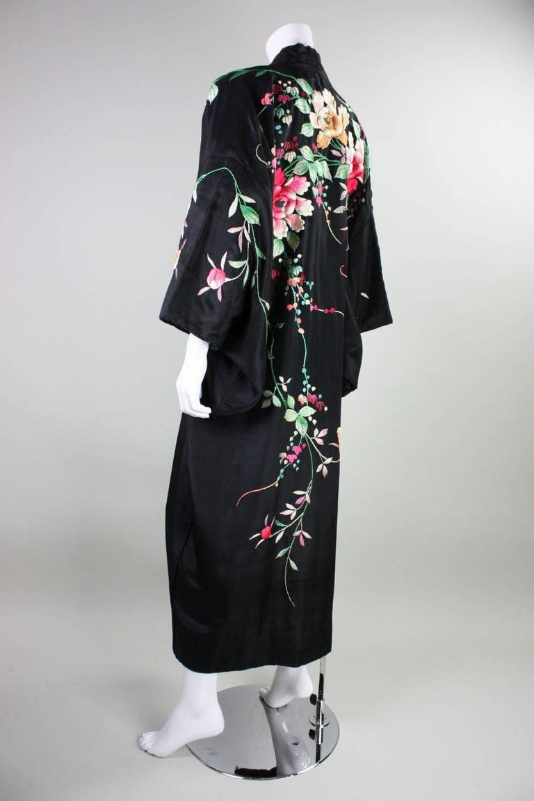 1920's Kimono Robe Black Silk with Embroidery 5