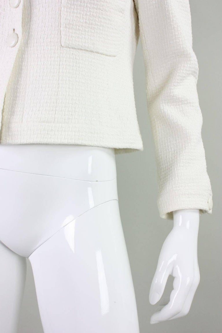 1990's Chanel Cropped White Textured Jacket For Sale 2