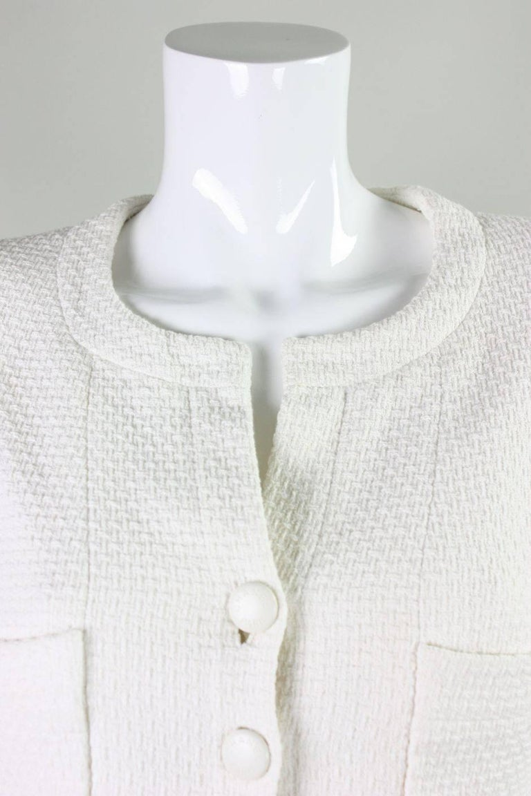 1990's Chanel Cropped White Textured Jacket For Sale 1