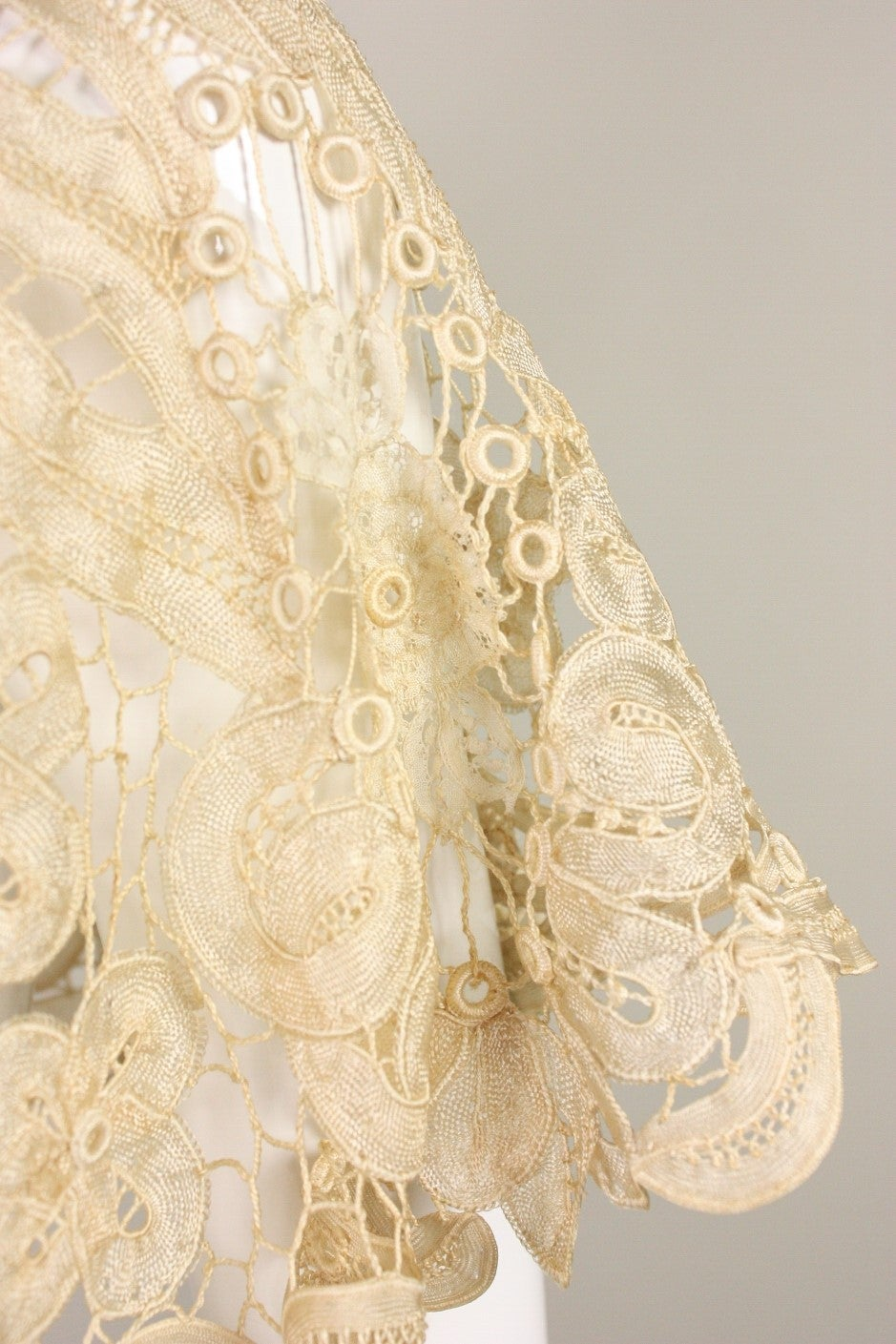 Edwardian Battenburg Lace Capelet 6