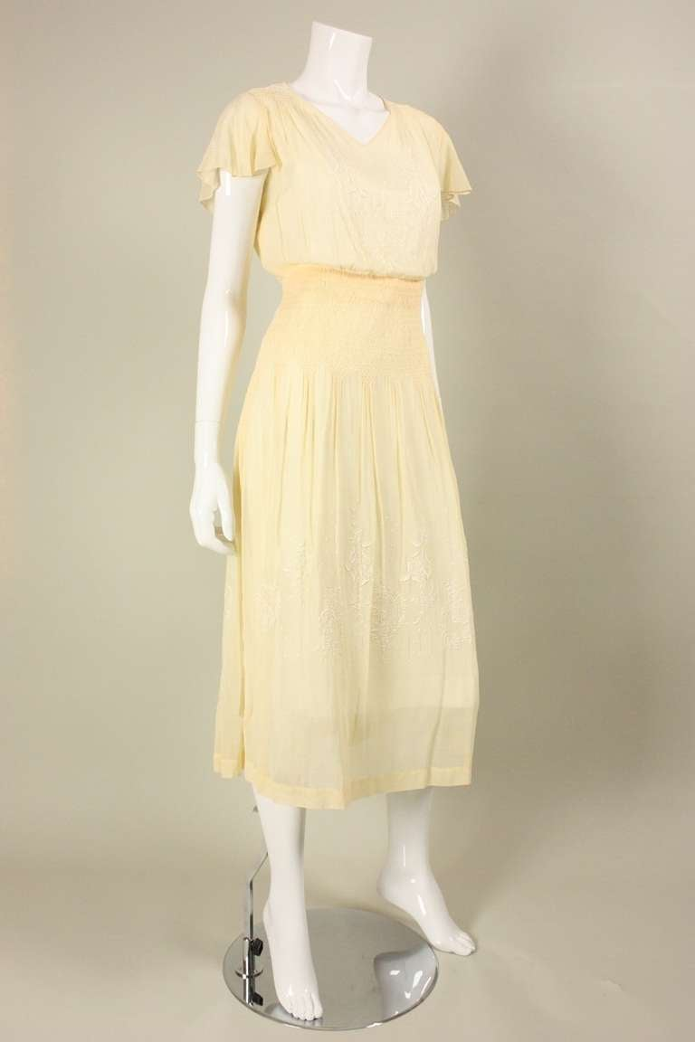 1920 S Yellow Voile Dress With Hand Embroidery And