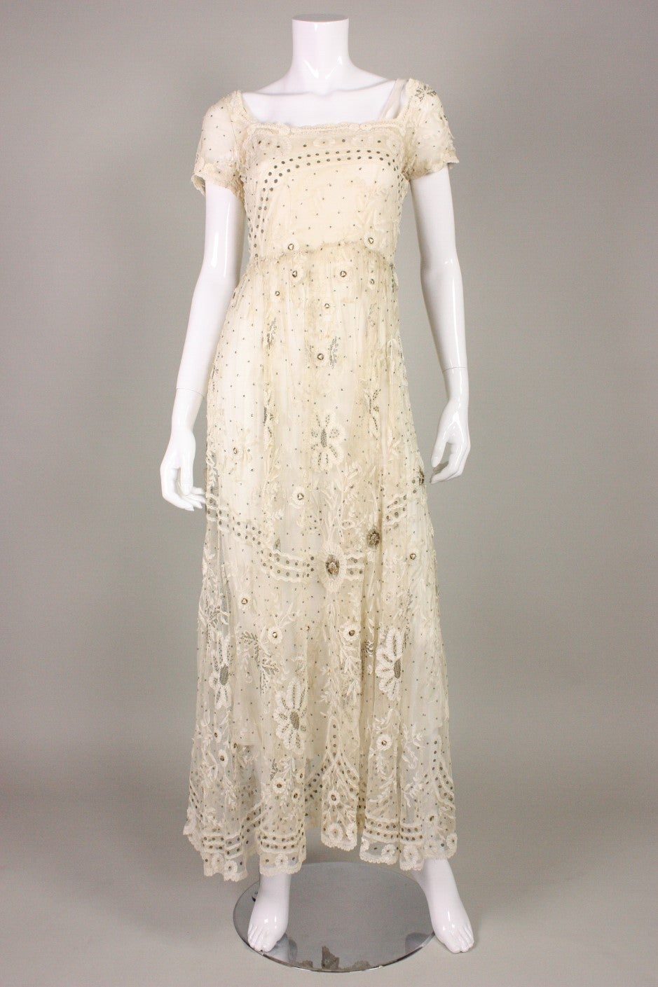 Edwardian Ivory Lace Tea-Length Gown 2