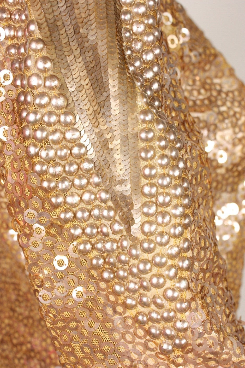 1930's Sparkling Gold Sequined Jacket For Sale 2