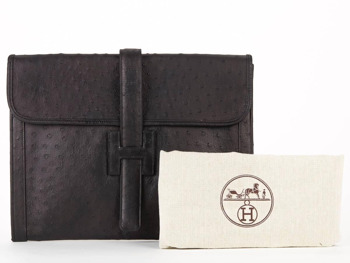1980s hermes black ostrich leather vintage jige gm clutch