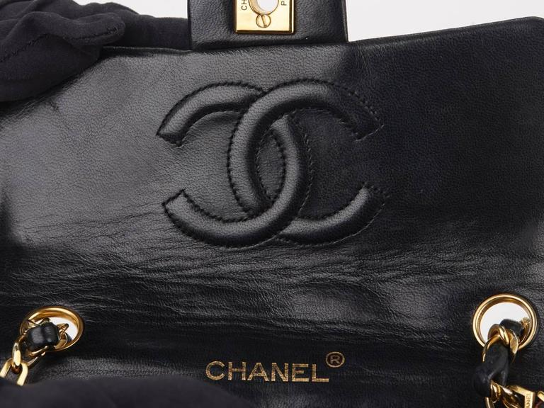 1980s Chanel Black Quilted Lambskin Vintage Mini Flap Bag For Sale 3