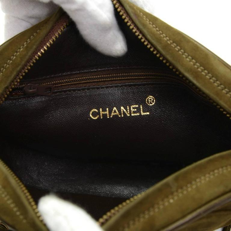 1990s Chanel Olive Green Suede Vintage Timeless Shoulder Bag For Sale 2