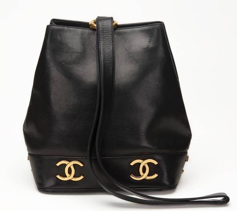 Chanel Black Lambskin Vintage Bucket Bag, 1990s  4