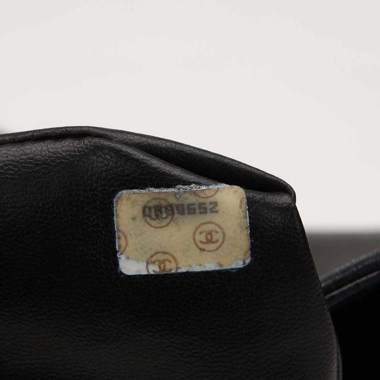 Chanel Black Lambskin Vintage Bucket Bag, 1990s  7