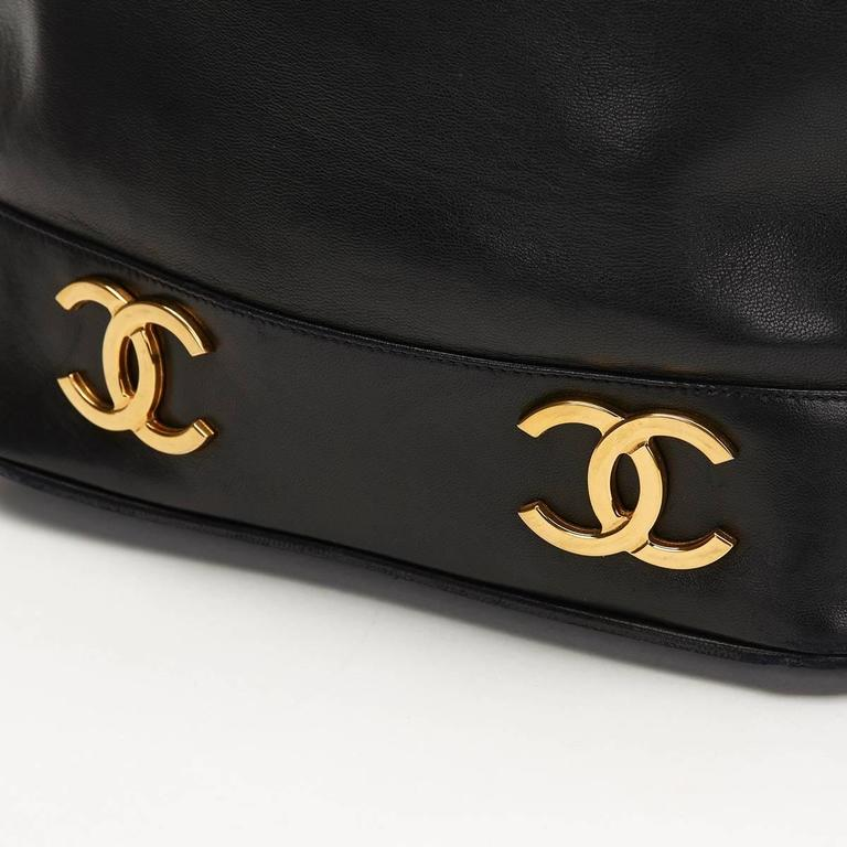 Chanel Black Lambskin Vintage Bucket Bag, 1990s  8