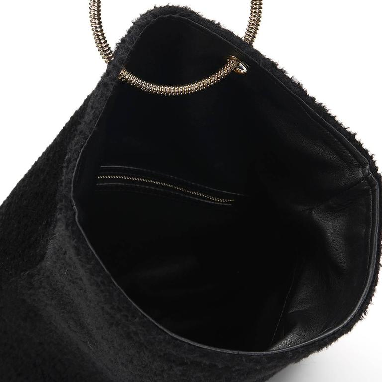 2015 Victoria Beckham Black Shearling Spiral Clutch For Sale 5