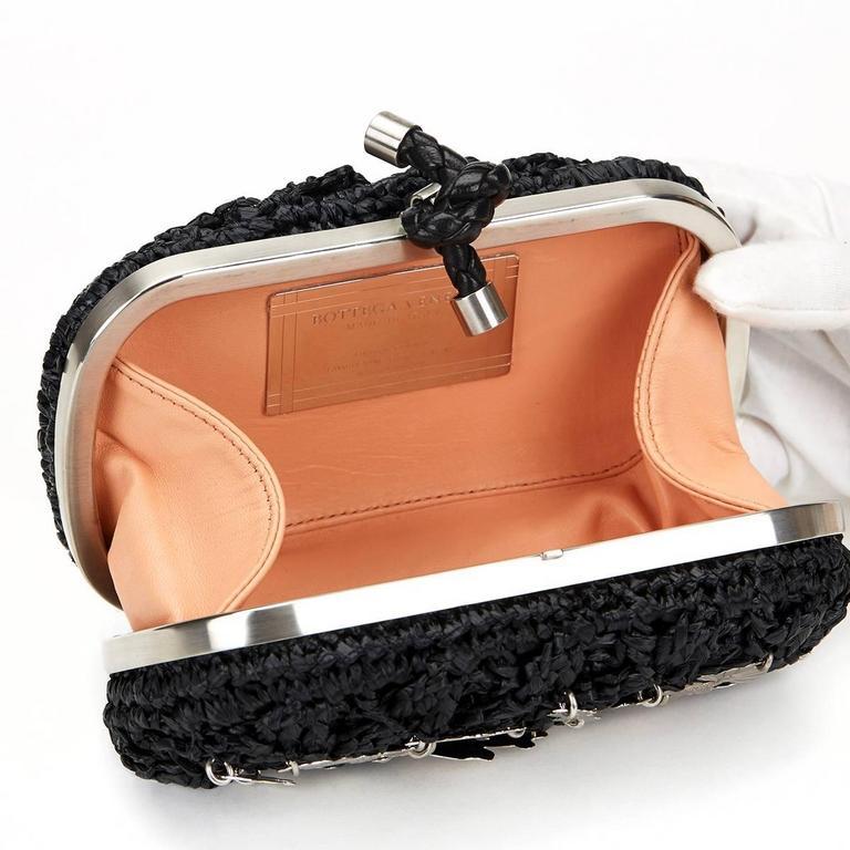 Bottega Veneta Black Raffia Lavorazione Fatta A Mano Knot Clutch, 2000s  For Sale 5