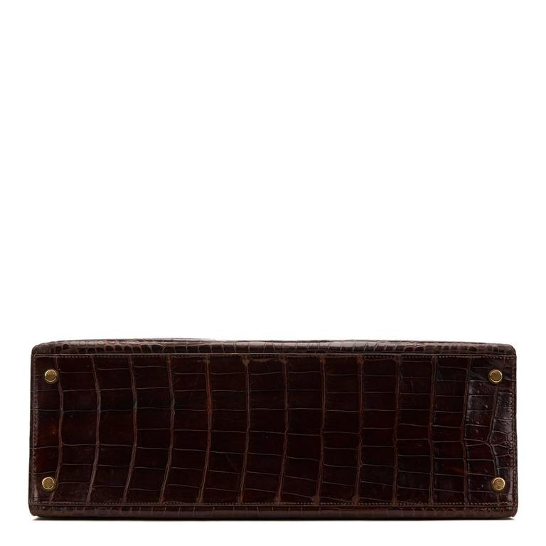 Women's 1974 Brown Crocodile Leather Vintage Kelly Sellier 35cm For Sale