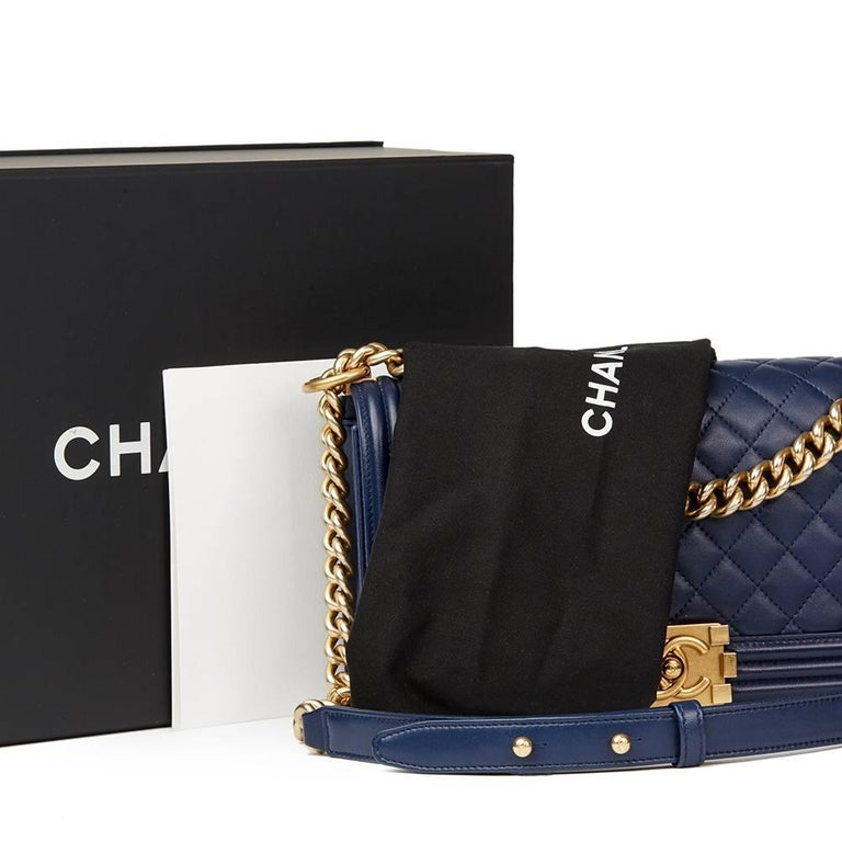 2016 Chanel Navy Quilted Lambskin Medium Le Boy For Sale 2