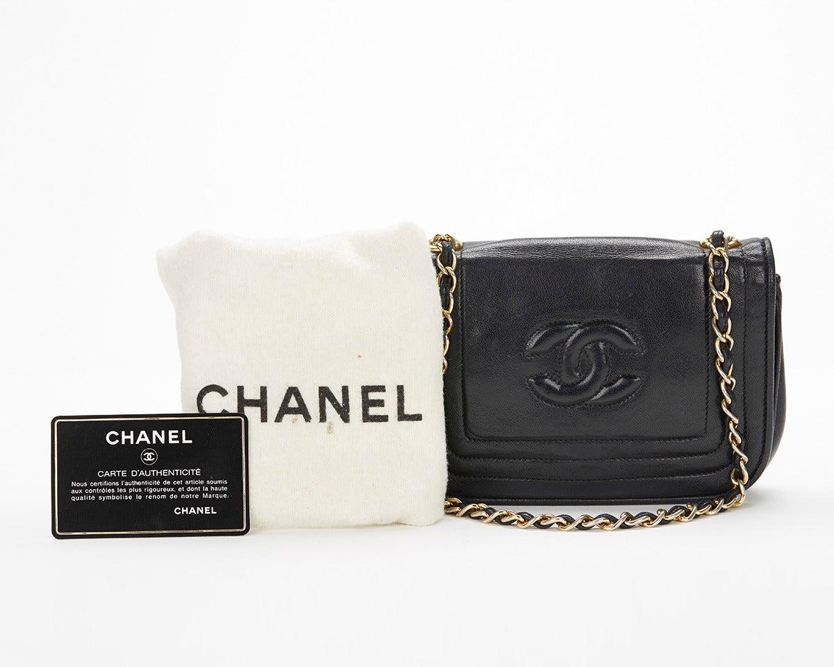 1990's Chanel Black Lambskin Vintage Flap Bag 10