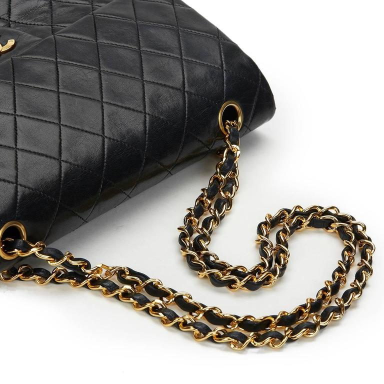 Chanel Black Quilted Lambskin Vintage Medium Classic Double Flap Bag 1980s  For Sale 3