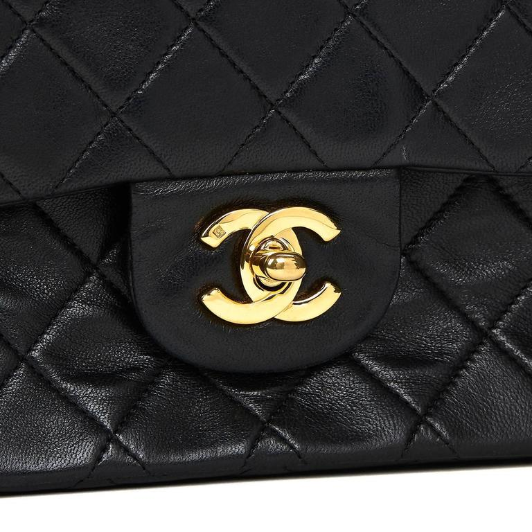 Chanel Black Quilted Lambskin Vintage Small Classic Double Flap Bag 1990s  For Sale 3