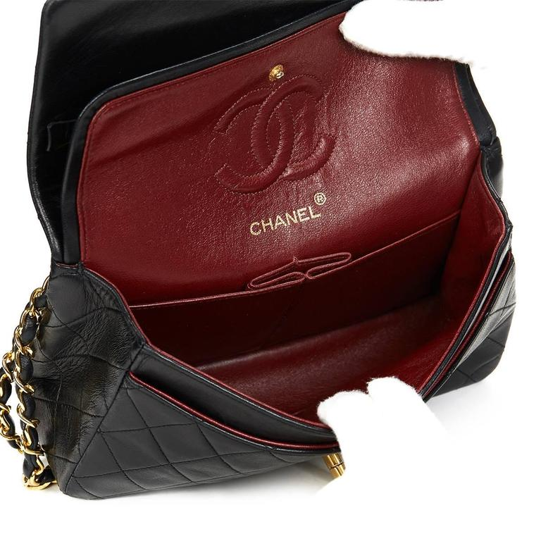 Chanel Black Quilted Lambskin Vintage Small Classic Double Flap Bag 1990s  For Sale 4