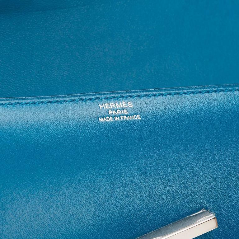 2015 Hermes Blue Izmir Tadelakt Leather Egee Clutch 8