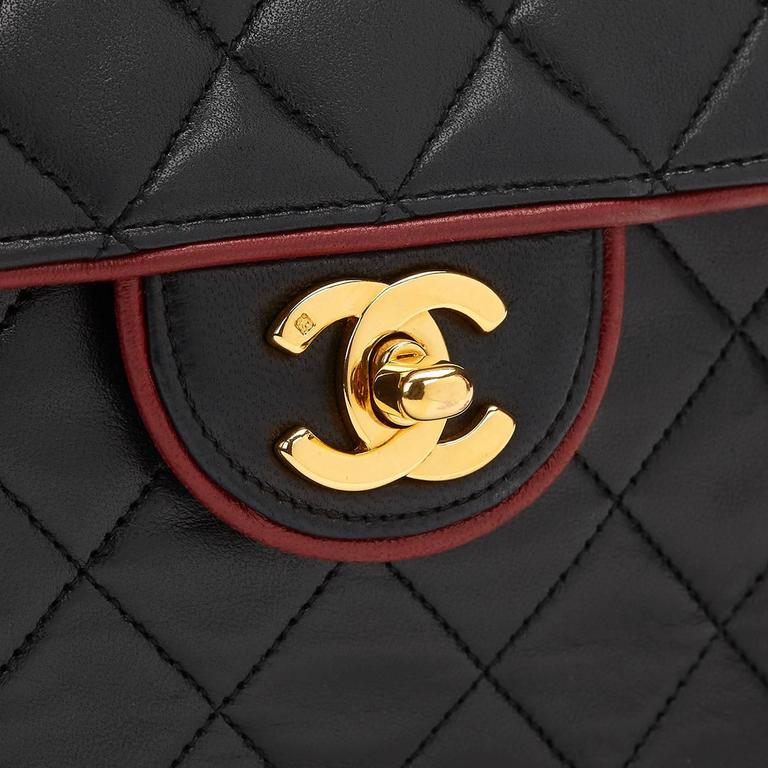 1980s Chanel Black Quilted Lambskin Vintage Classic Single Flap Bag For Sale 5