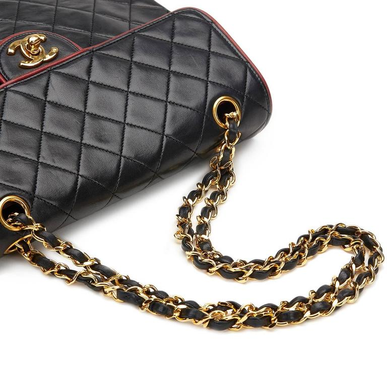 1980s Chanel Black Quilted Lambskin Vintage Classic Single Flap Bag For Sale 2