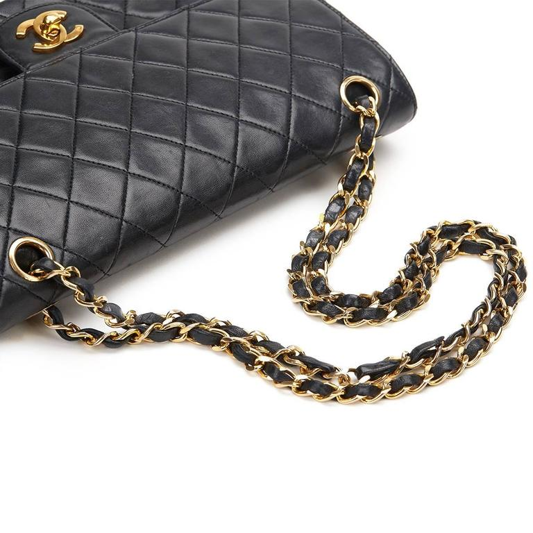 1980s Chanel Black Quilted Lambskin Vintage Medium Classic Double Flap Bag For Sale 3