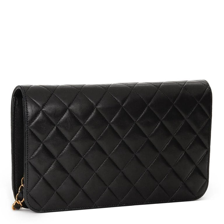 1990s Chanel Black Quilted Lambskin Vintage Classic Single Flap Bag For Sale 1