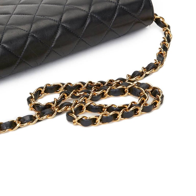1990s Chanel Black Quilted Lambskin Vintage Classic Single Flap Bag For Sale 2