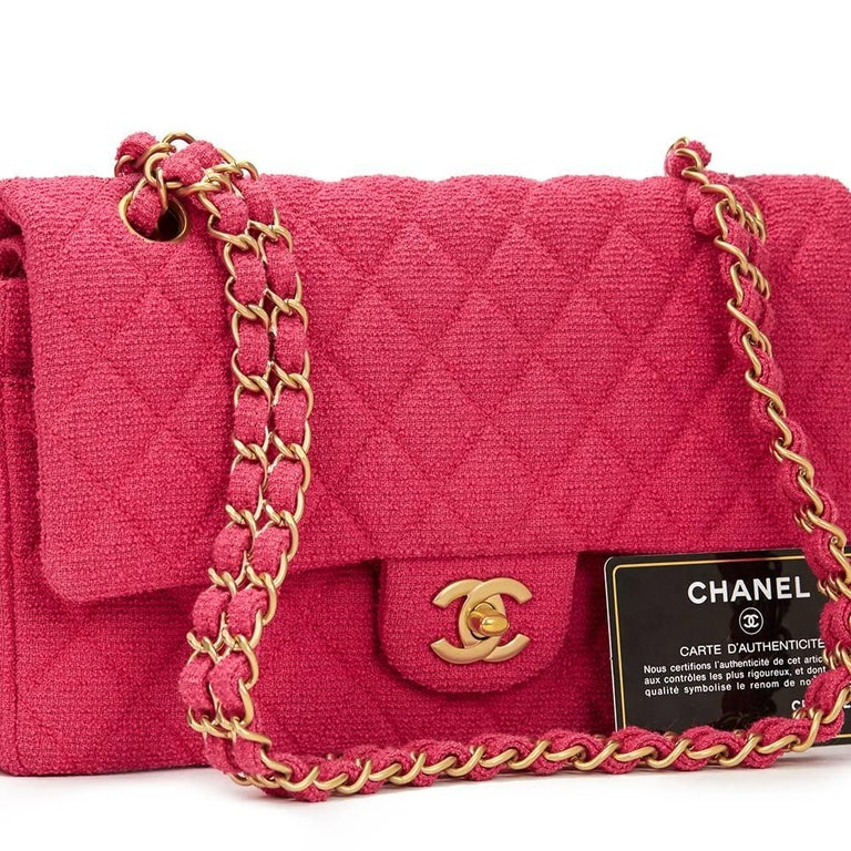 2000s Chanel Fuchsia Quilted Bouclé Fabric Medium Classic Double Flap Bag For Sale 5
