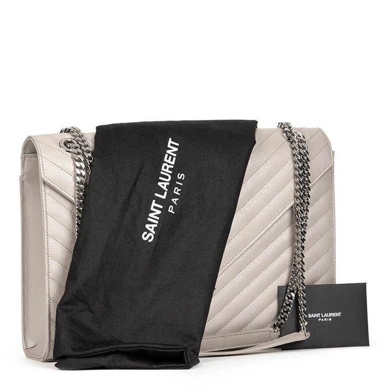 2016 Saint Laurent Icy White Chevron Quilted Grained Calfskin Leather Envelope  For Sale 6