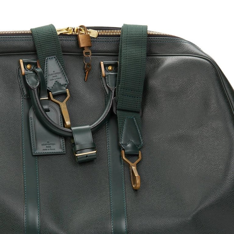 1997 Louis Vuitton Green Taiga Leather Vintage Kendall GM 9