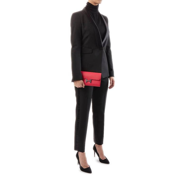 2017 Hermes Rose Extreme Epsom Leather Constance Long Wallet  For Sale 5