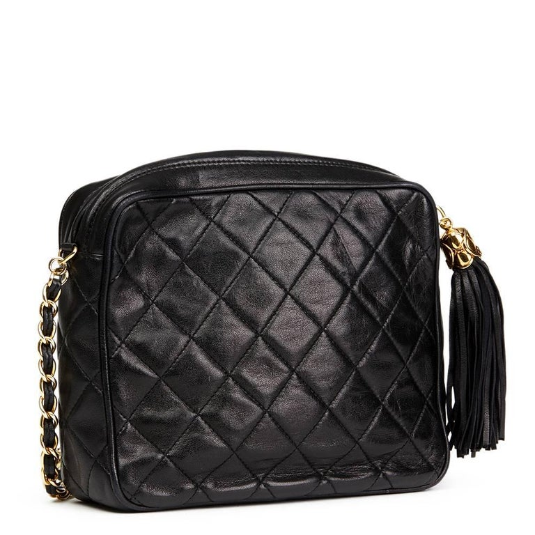 1990's Chanel Black Quilted Lambskin Vintage Tassel Camera Bag  In Good Condition For Sale In Bishop's Stortford, Hertfordshire