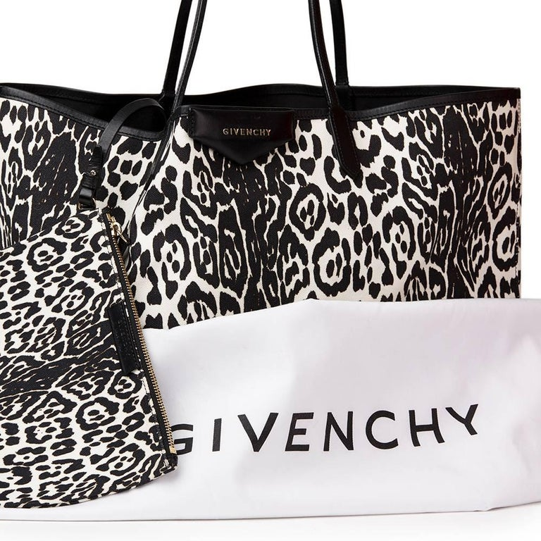 2011 Givenchy Black And White Leopard Print Canvas Large Antigona Tote For  Sale 6 0c3e5290a6