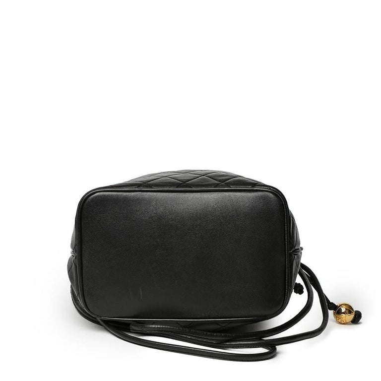 7cebfda2e56535 1991 Chanel Black Quilted Lambskin Vintage Bucket Bag For Sale 1
