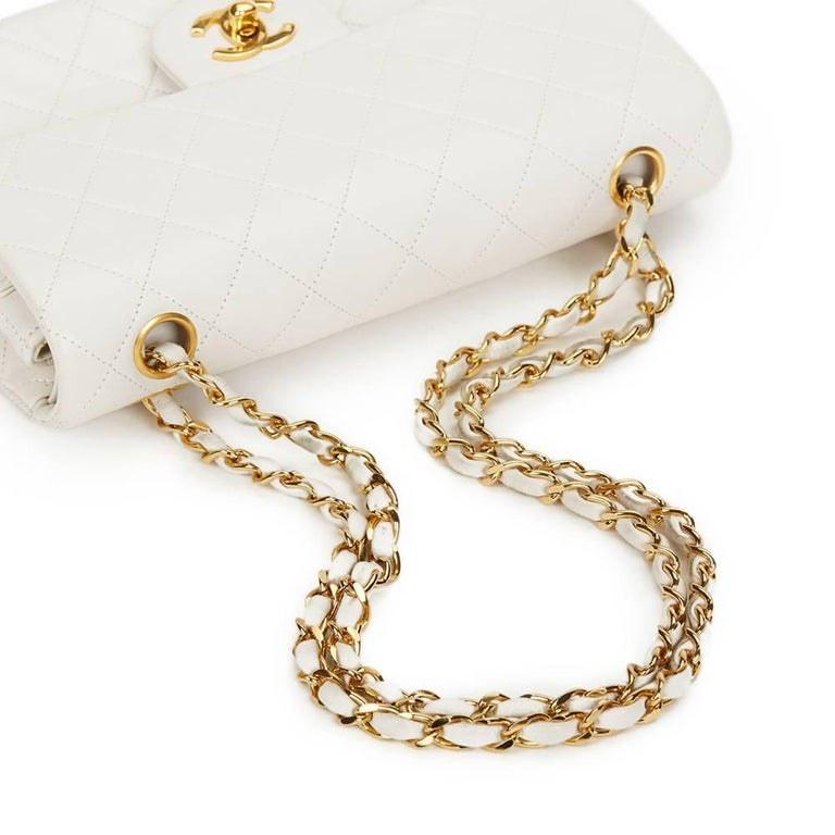 Chanel White Quilted Lambskin Vintage Small Classic Double Flap Bag  For Sale 1