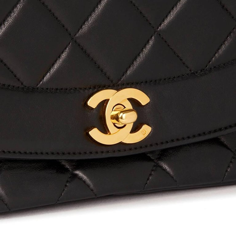 Chanel Black Quilted Lambskin Vintage Medium Diana Classic Single Flap Bag  For Sale 2
