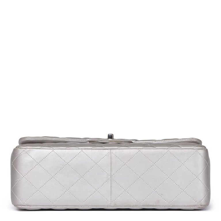 Women's Chanel Silver Metallic Quilted Lambskin Jumbo Classic Double Flap Bag For Sale