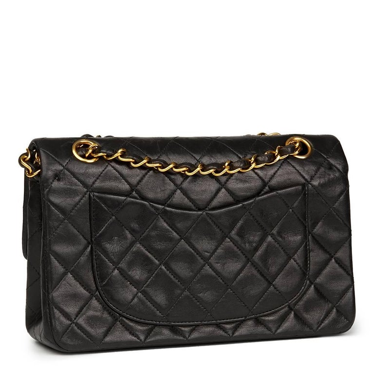 Chanel Black Quilted Lambskin Vintage Leather Classic Double Flap Bag  In Good Condition For Sale In Bishop's Stortford, Hertfordshire