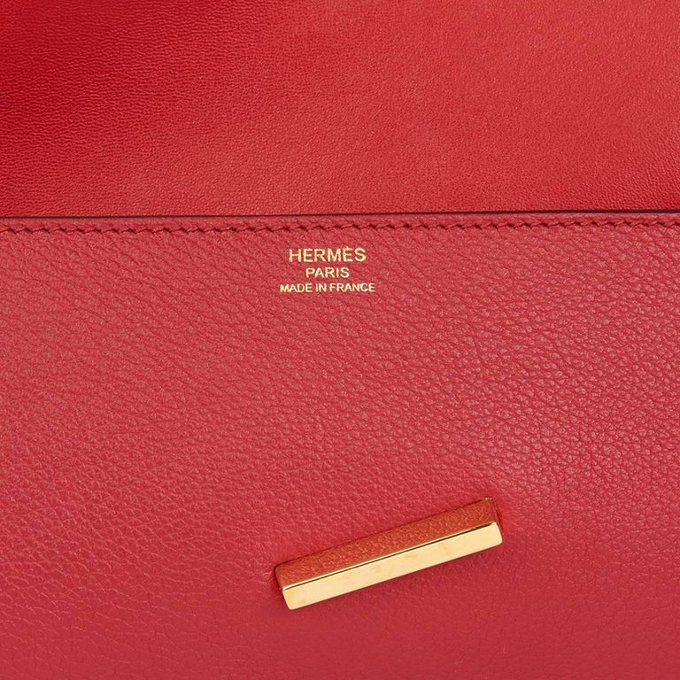 2016 Hermes Rouge Grenat Evergrain Leather Egee Clutch  For Sale 1