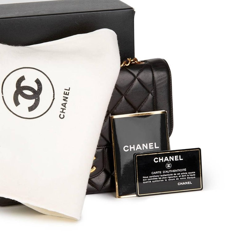 Chanel Black Quilted Lambskin Vintage Classic Single Flap Bag, 1990s  For Sale 6