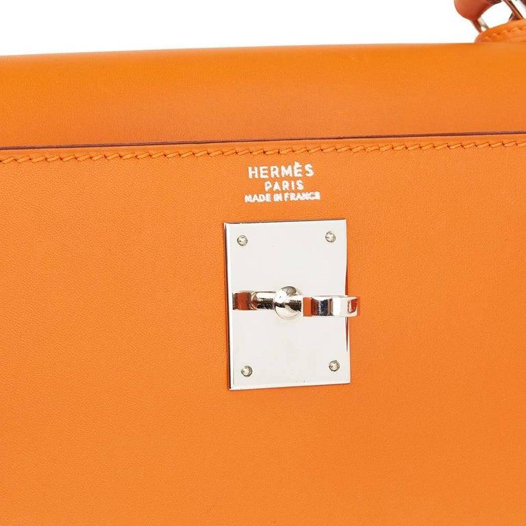 Hermes Orange H Calf Leather Kelly 32cm Sellier Bag, 2004  For Sale 2