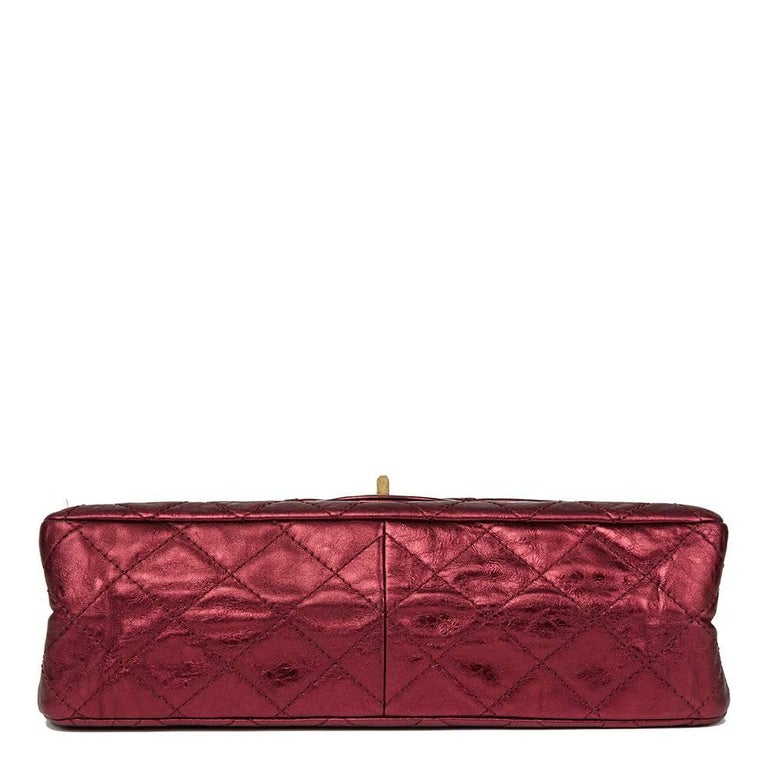 2009 Chanel Red  Metallic Aged Calfskin Leather 2.55 Reissue 227 Double Flap Bag In Excellent Condition For Sale In Bishop's Stortford, Hertfordshire
