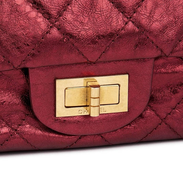 Women's 2009 Chanel Red  Metallic Aged Calfskin Leather 2.55 Reissue 227 Double Flap Bag For Sale